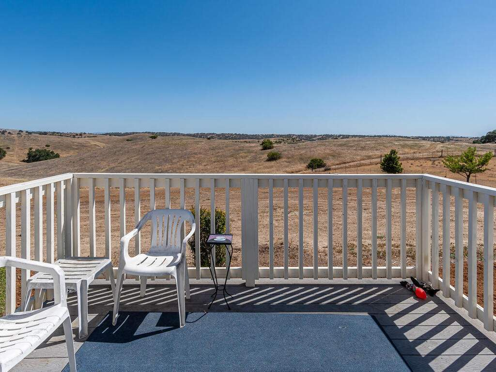5070-White-Tail-Pl-Paso-Robles-CA-93446-USA-032-040-Guest-House-MLS_Size