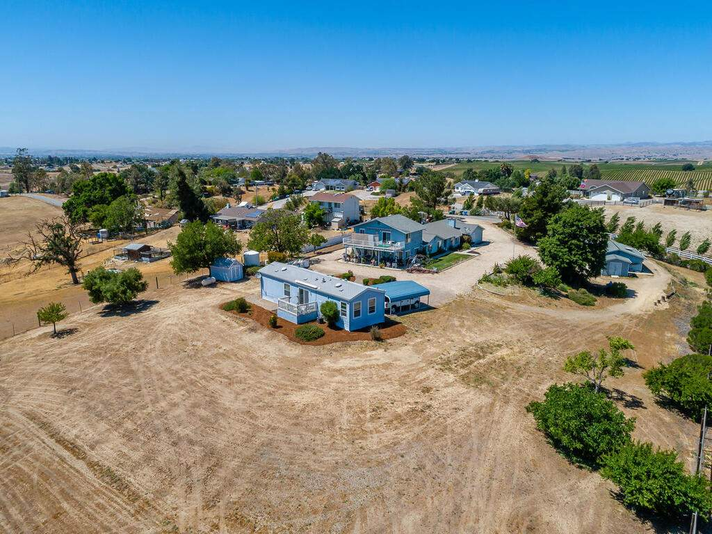 5070-White-Tail-Pl-Paso-Robles-CA-93446-USA-036-035-Aerial-View-MLS_Size