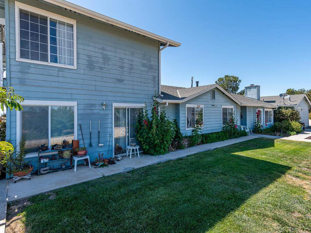 5070-White-Tail-Pl-Paso-Robles-CA-93446-USA-047-043-Front-of-Home-MLS_Size