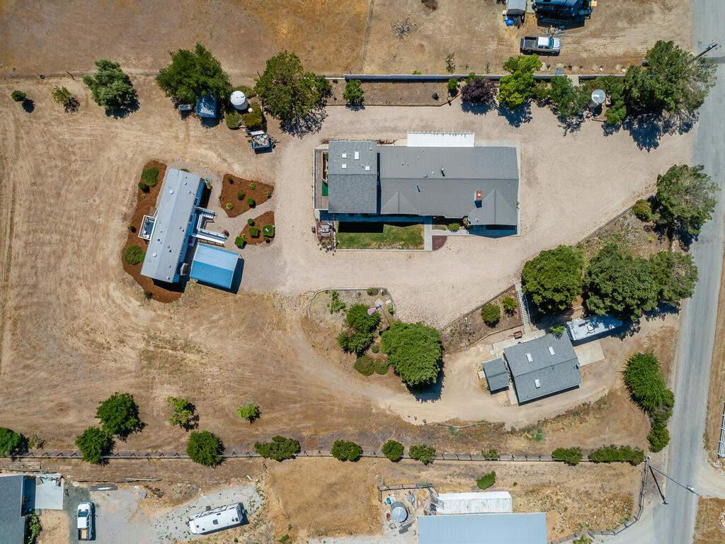 5070-White-Tail-Pl-Paso-Robles-CA-93446-USA-054-038-Aerial-View-MLS_Size