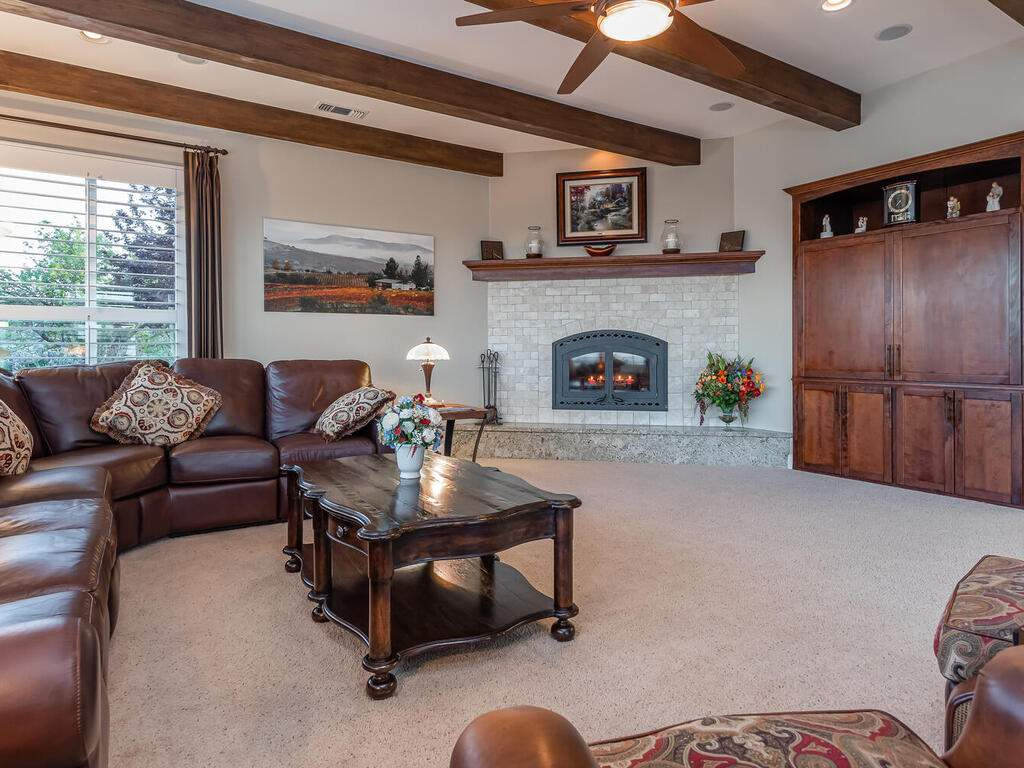 5495-Vista-Serrano-Paso-Robles-CA-93446-USA-013-089-Living-Room-MLS_Size