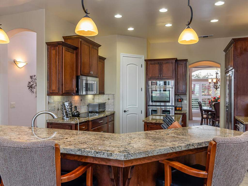 5495-Vista-Serrano-Paso-Robles-CA-93446-USA-015-096-Kitchen-MLS_Size