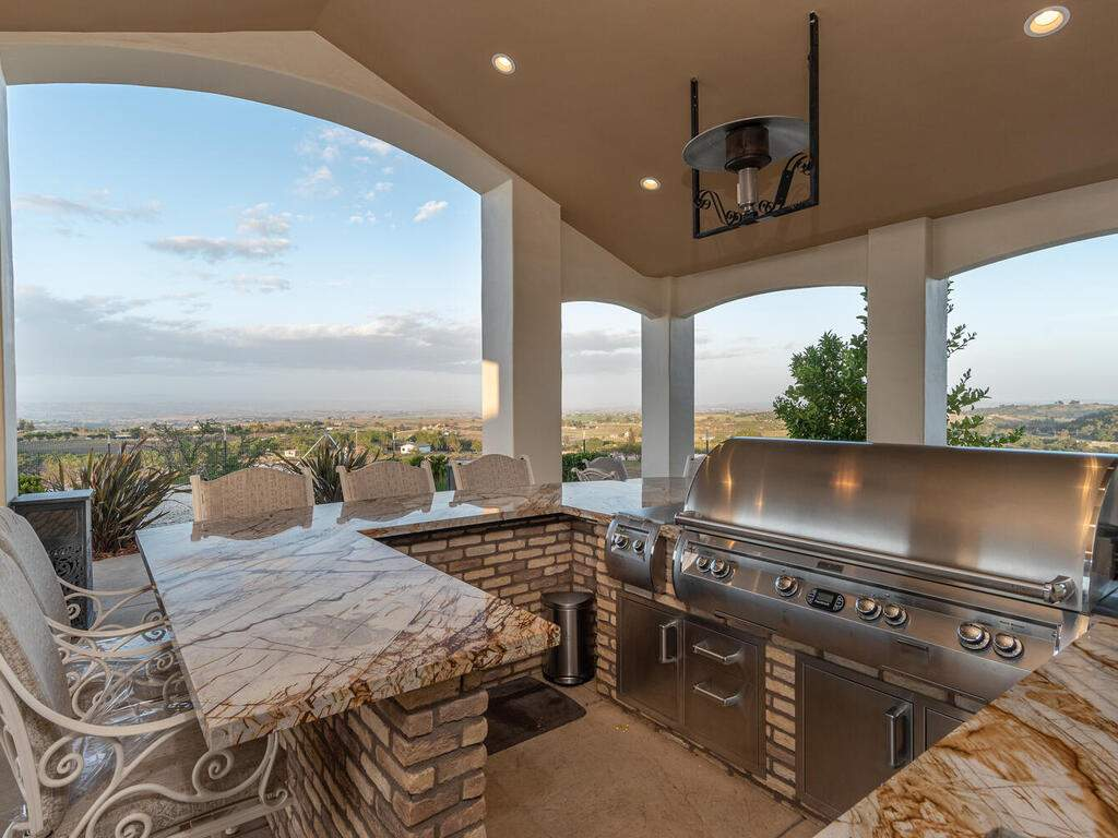 5495-Vista-Serrano-Paso-Robles-CA-93446-USA-047-128-Pool-House-BBQ-MLS_Size