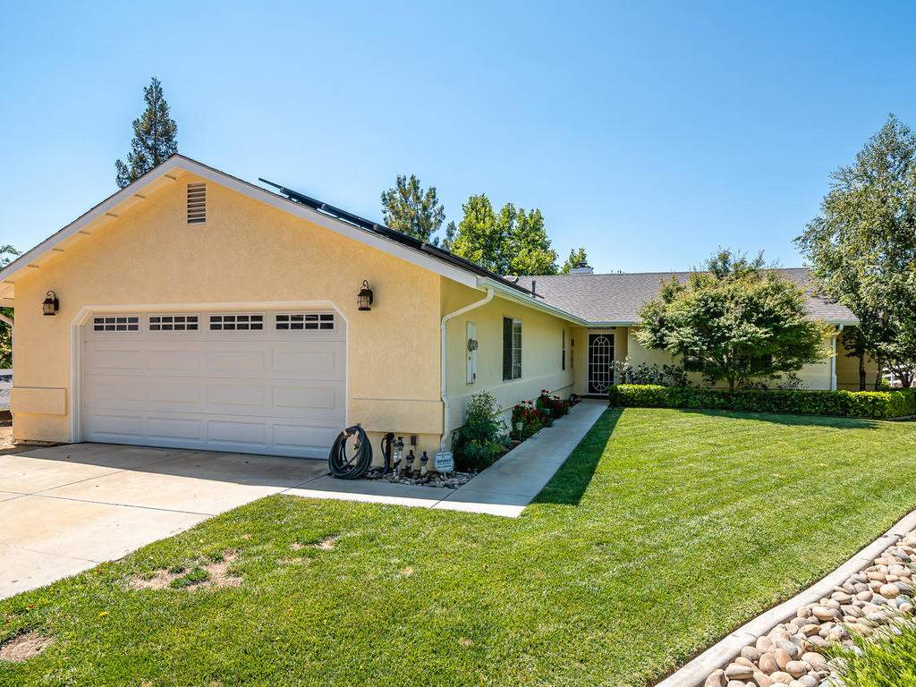 5530-Prancing-Deer-Rd-Paso-001-001-Front-of-Home-MLS_Size