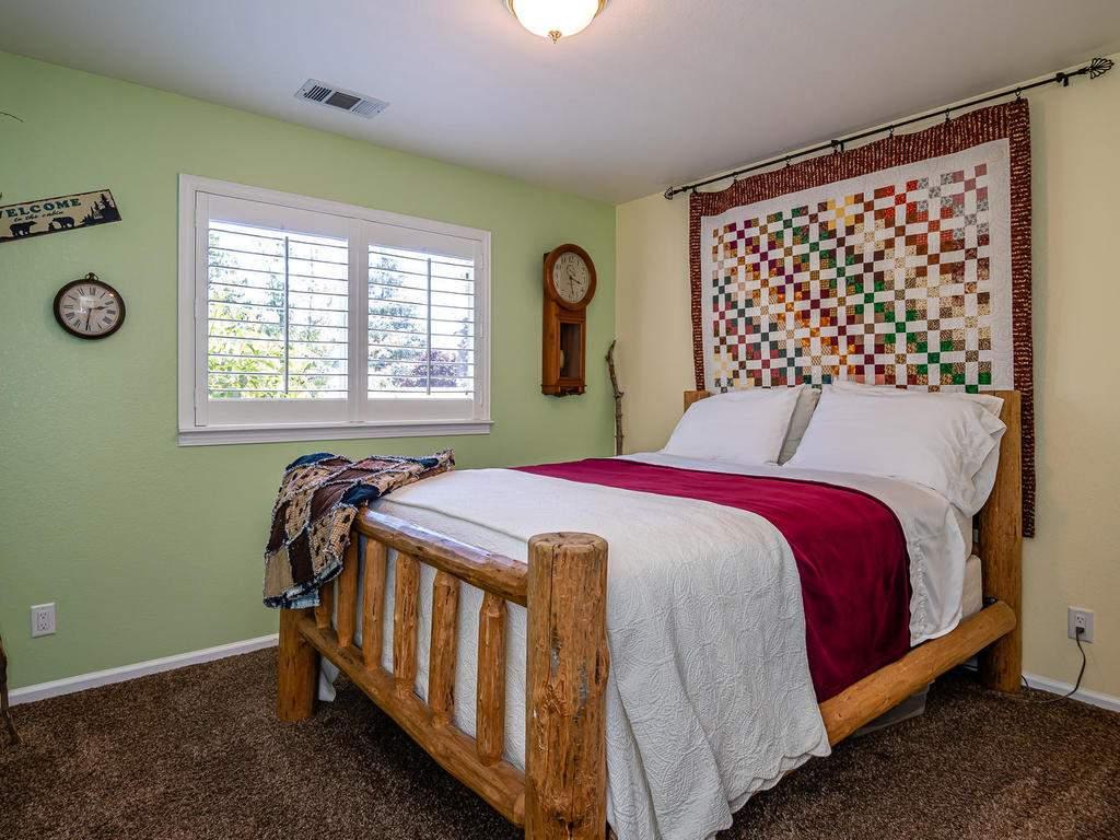 5530-Prancing-Deer-Rd-Paso-020-017-Bedroom-2-MLS_Size