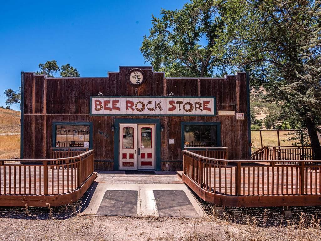 Bee-Rock-Store-009-045-Bee-Rock-Store-MLS_Size
