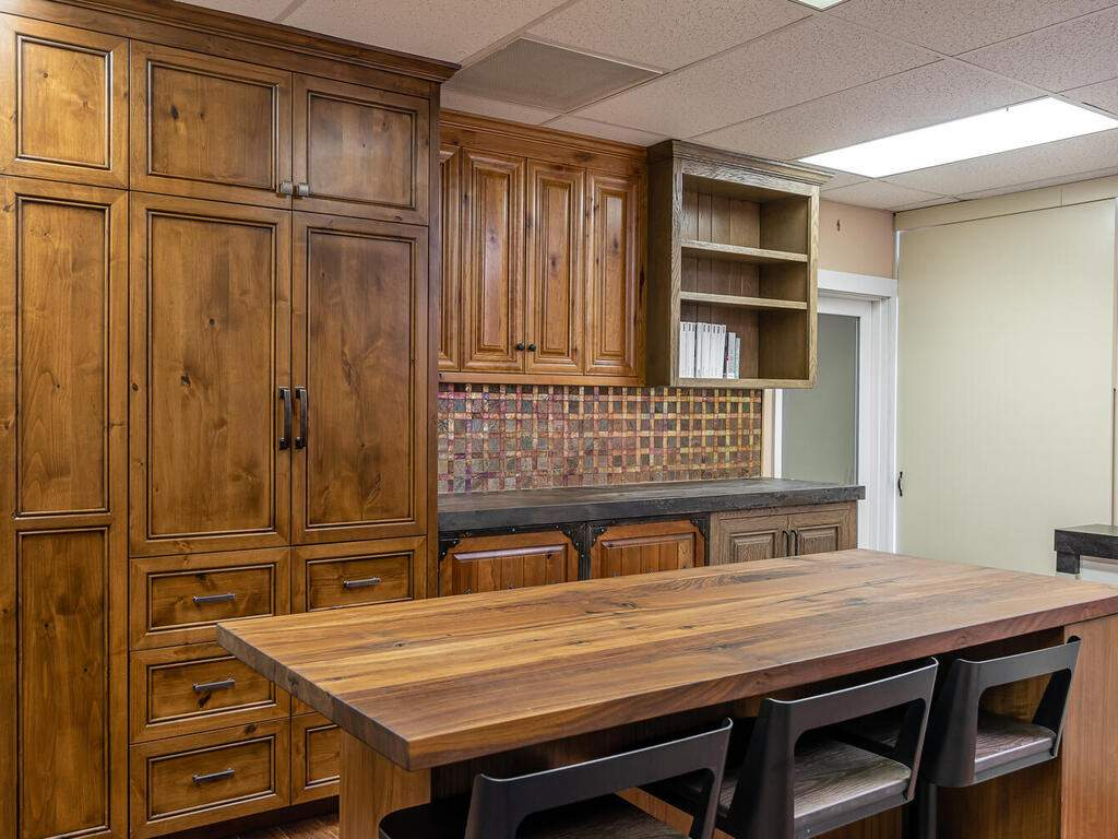 Wine-Country-Cabinetry-580-Linne-Rd-Unit-120-Paso-Robles-CA-93446-USA-010-008-Wine-Country-Cabinetry-MLS_Size