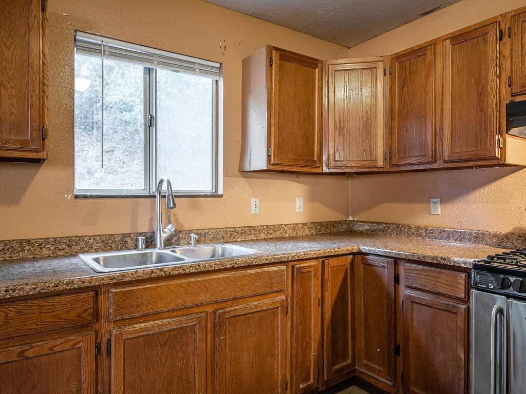 5900059002-Jolon-Rd-King-City-013-011-Kitchen-MLS_Size