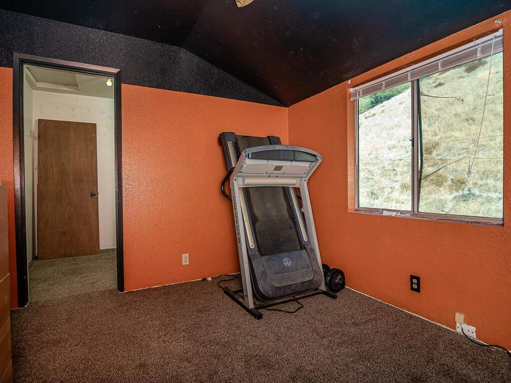5900059002-Jolon-Rd-King-City-019-012-Bedroom-3-MLS_Size