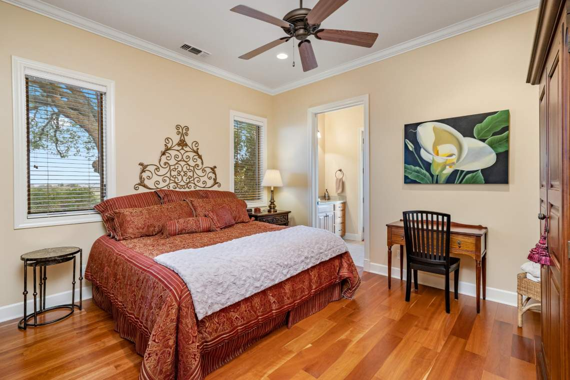Images-74.1.2-Guest-Rooms-54