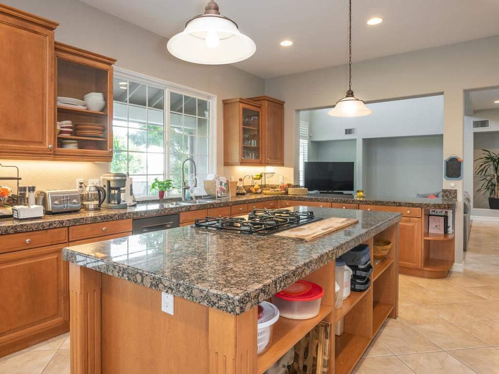 612-Castillo-Del-Mar-Arroyo-010-028-Kitchen-MLS_Size