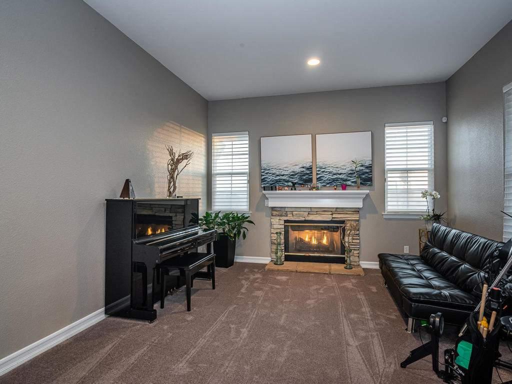 612-Castillo-Del-Mar-Arroyo-013-013-Living-Room-MLS_Size