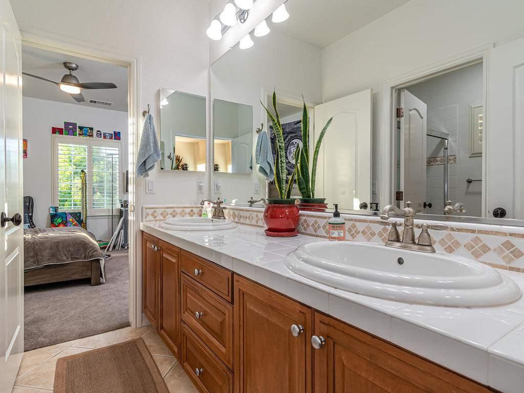 612-Castillo-Del-Mar-Arroyo-030-022-Bathroom-Two-MLS_Size