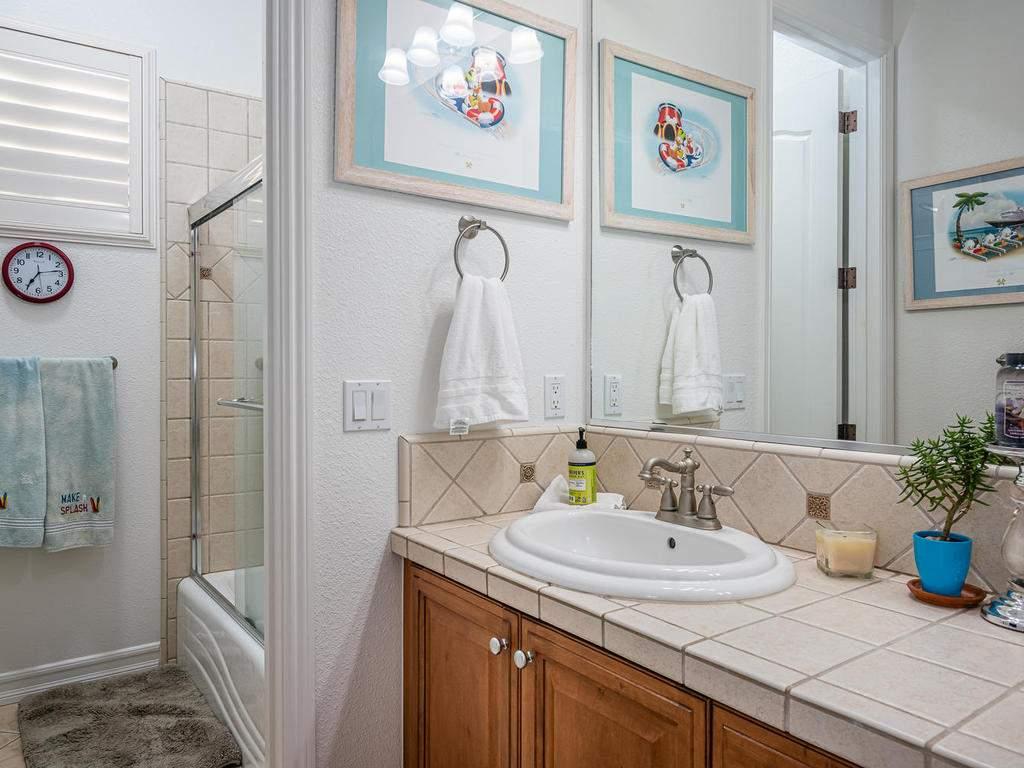 612-Castillo-Del-Mar-Arroyo-033-029-Bathroom-Three-MLS_Size
