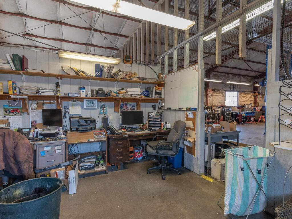 Paso-Robles-City-Maintenance-625-Riverside-Ave-Paso-Robles-CA-93446-USA-009-009-625-Riverside-MLS_Size