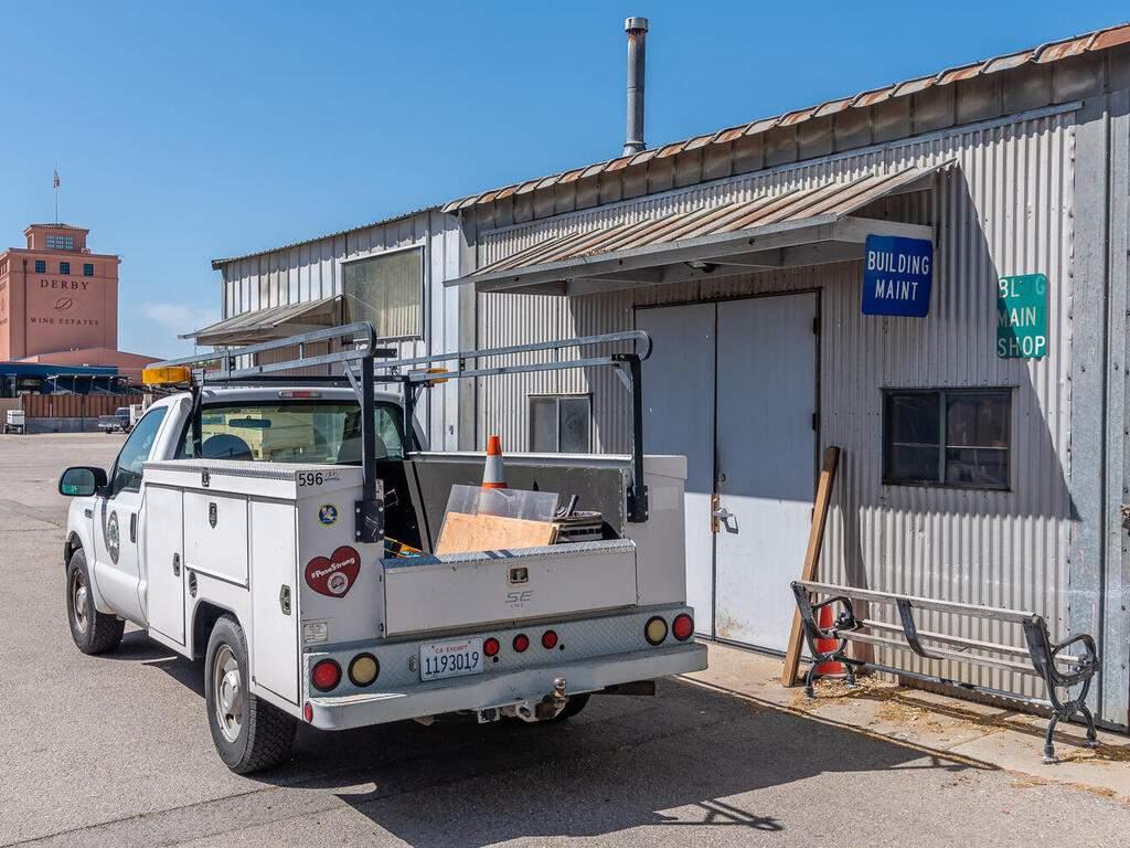 Paso-Robles-City-Maintenance-625-Riverside-Ave-Paso-Robles-CA-93446-USA-015-015-625-Riverside-MLS_Size