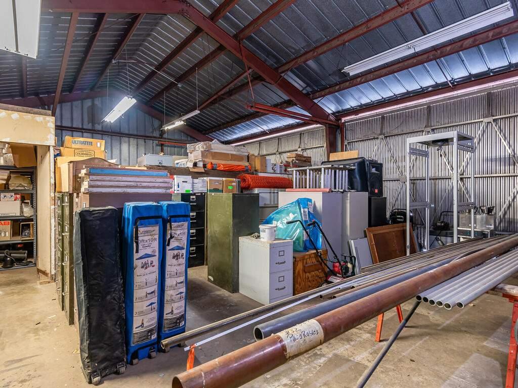Paso-Robles-City-Maintenance-625-Riverside-Ave-Paso-Robles-CA-93446-USA-016-019-625-Riverside-MLS_Size