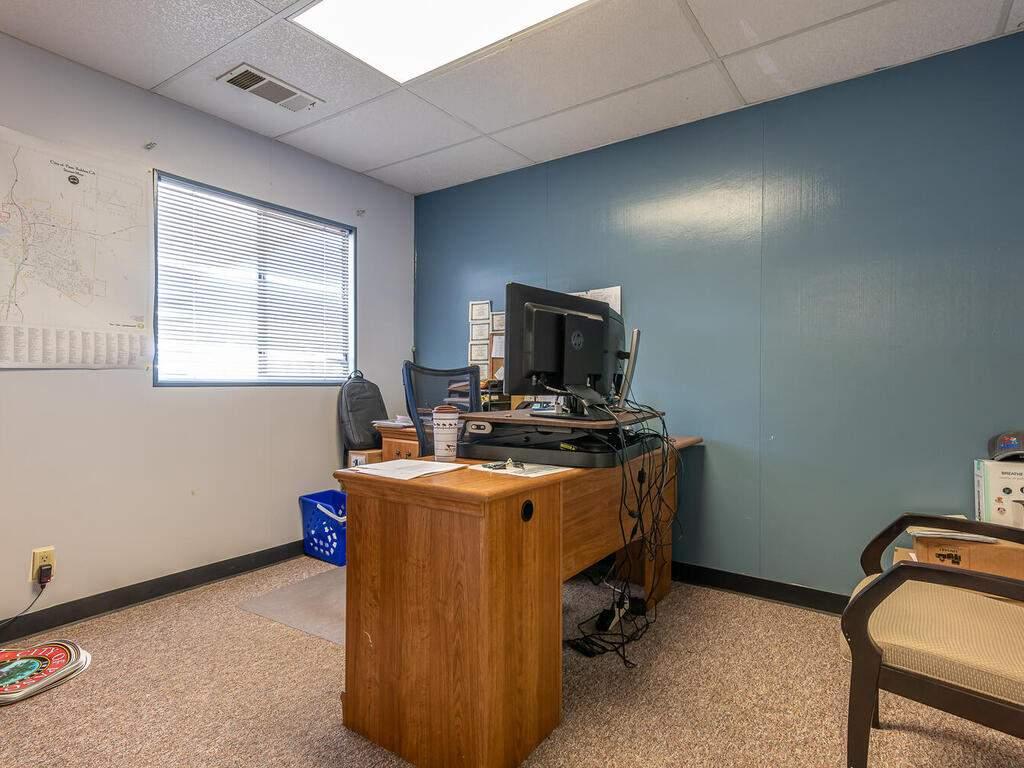 Paso-Robles-City-Maintenance-625-Riverside-Ave-Paso-Robles-CA-93446-USA-038-037-625-Riverside-MLS_Size