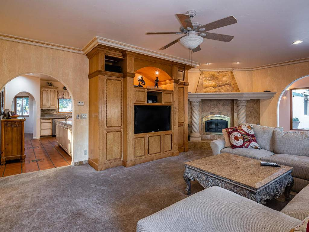 6275-Twin-Canyon-Ln-Creston-CA-018-018-Family-Room-MLS_Size