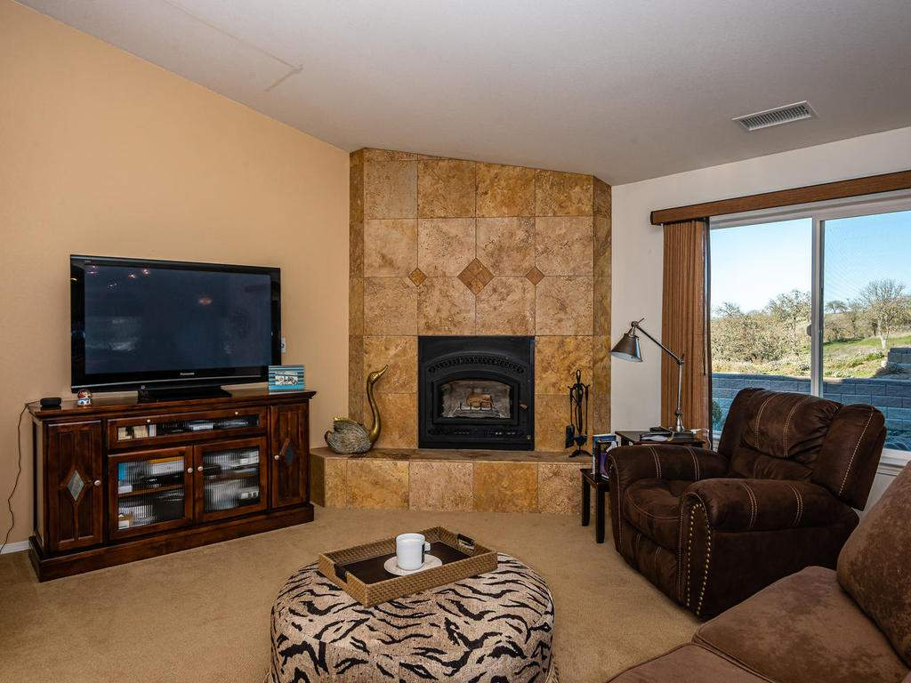 6275-Twin-Canyon-Ln-Creston-CA-045-038-Guest-Home-MLS_Size