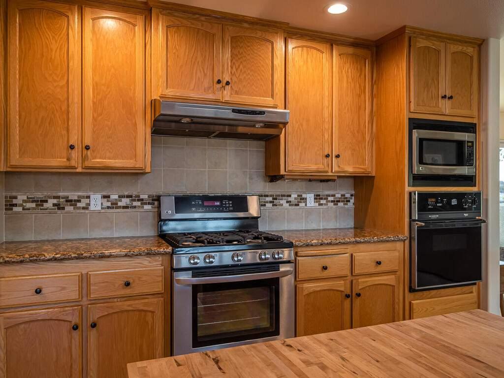 6404-ODonovan-Rd-Creston-CA-016-015-Kitchen-MLS_Size