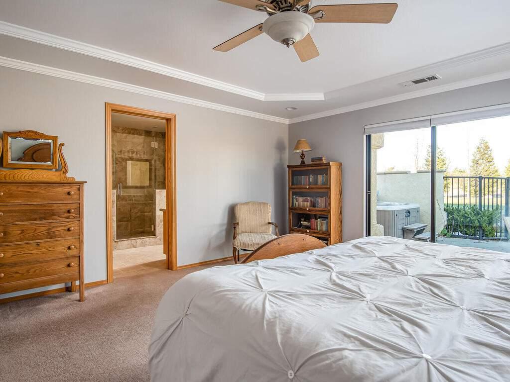 6404-ODonovan-Rd-Creston-CA-019-021-Master-Suite-MLS_Size