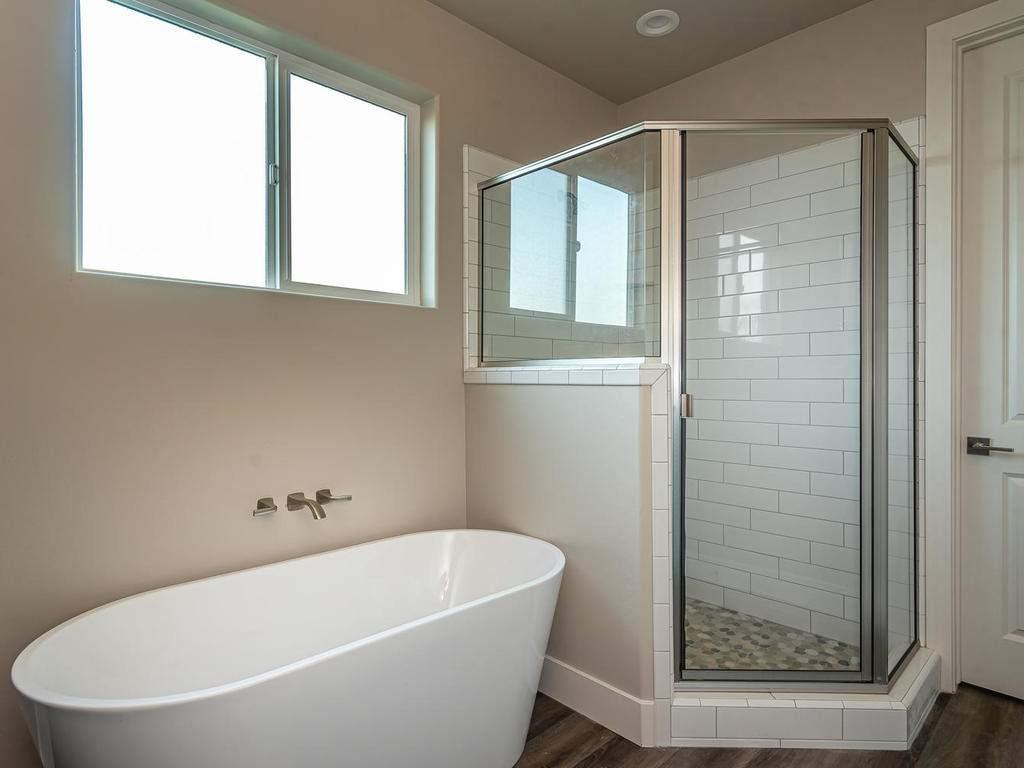 6503-Poquito-Creek-Atascadero-016-012-Master-Suite-MLS_Size