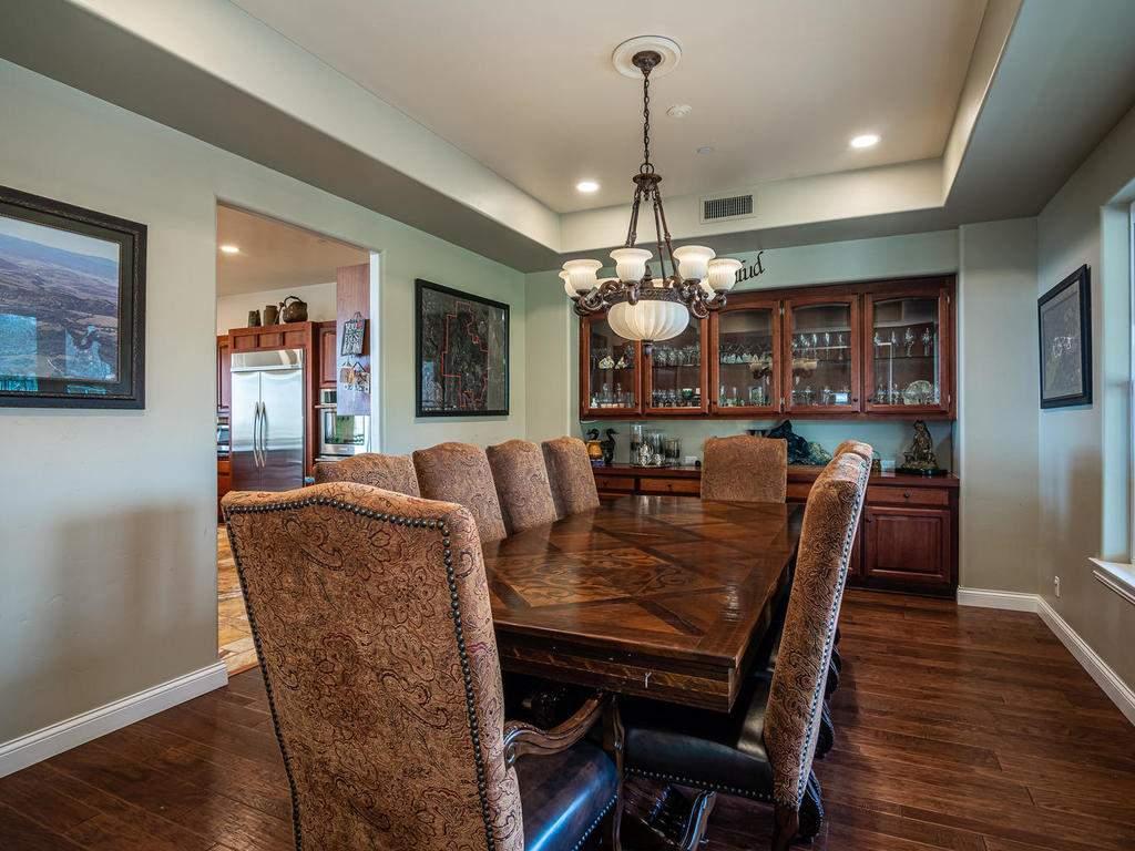 69300-Vineyard-Canyon-Rd-San-015-013-Dining-Room-MLS_Size