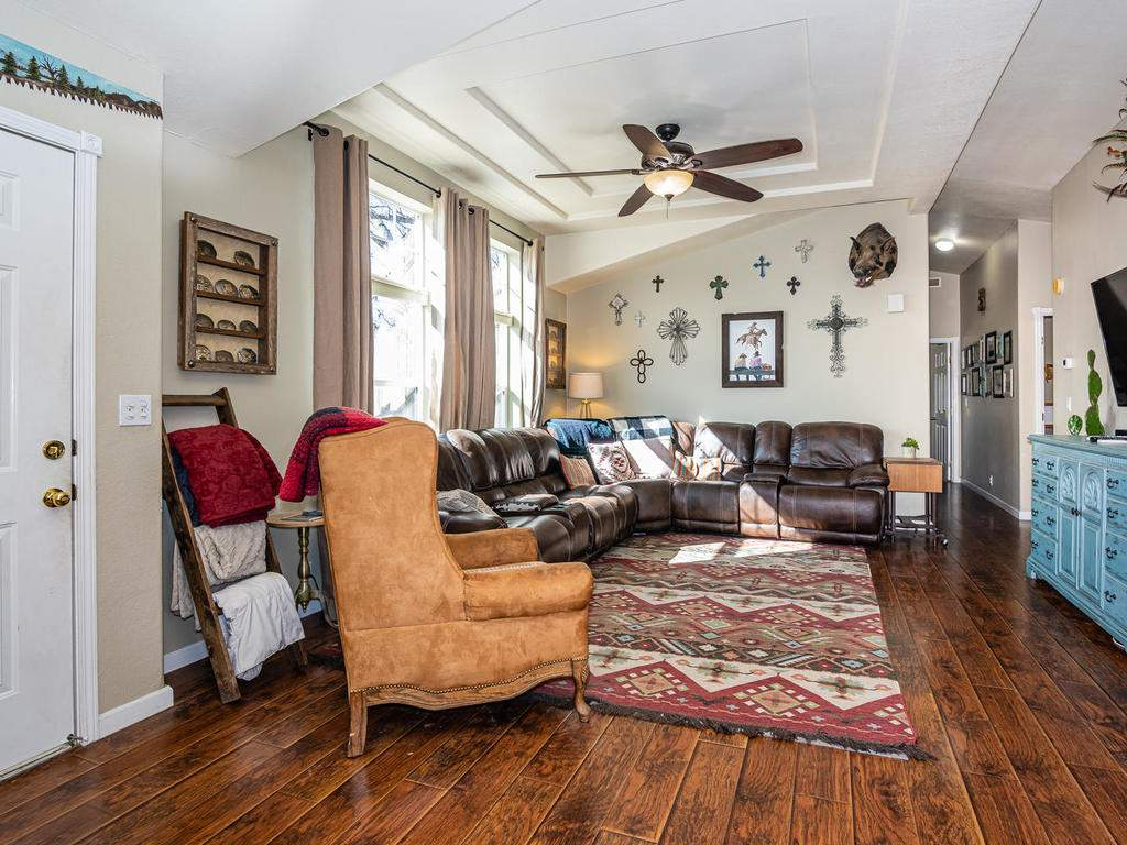 69300-Vineyard-Canyon-Rd-San-046-041-Guest-House-One-MLS_Size