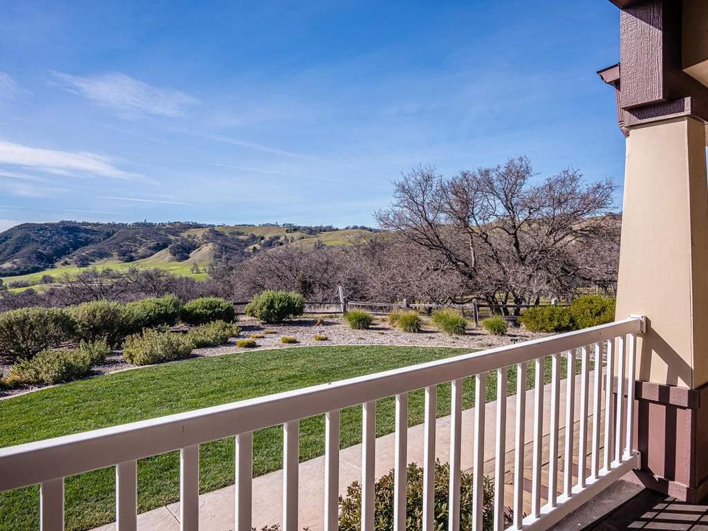 69300-Vineyard-Canyon-Rd-San-059-058-Guest-House-Two-MLS_Size
