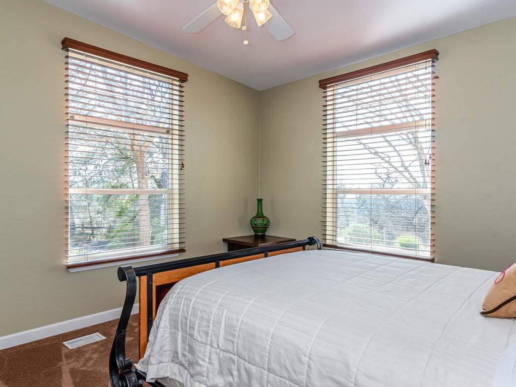 69300-Vineyard-Canyon-Rd-San-069-068-Guest-House-Two-MLS_Size