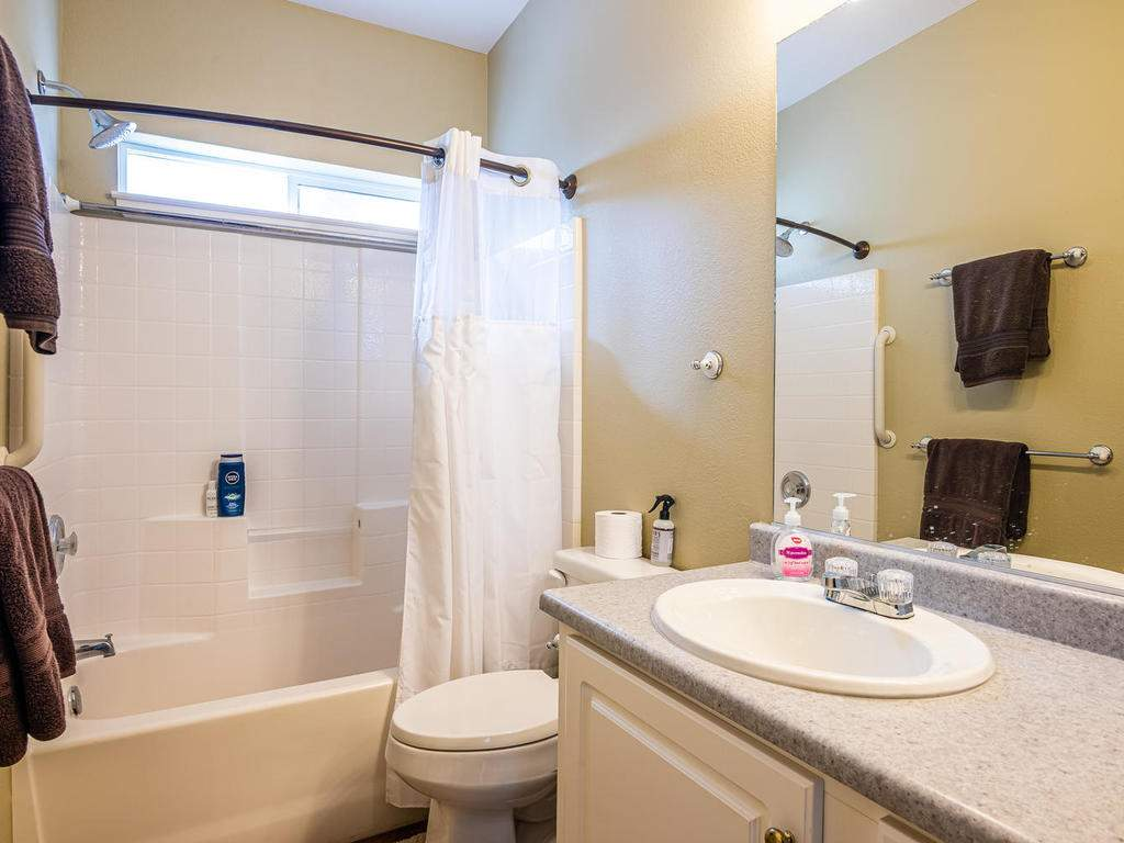 69300-Vineyard-Canyon-Rd-San-070-069-Guest-House-Two-MLS_Size