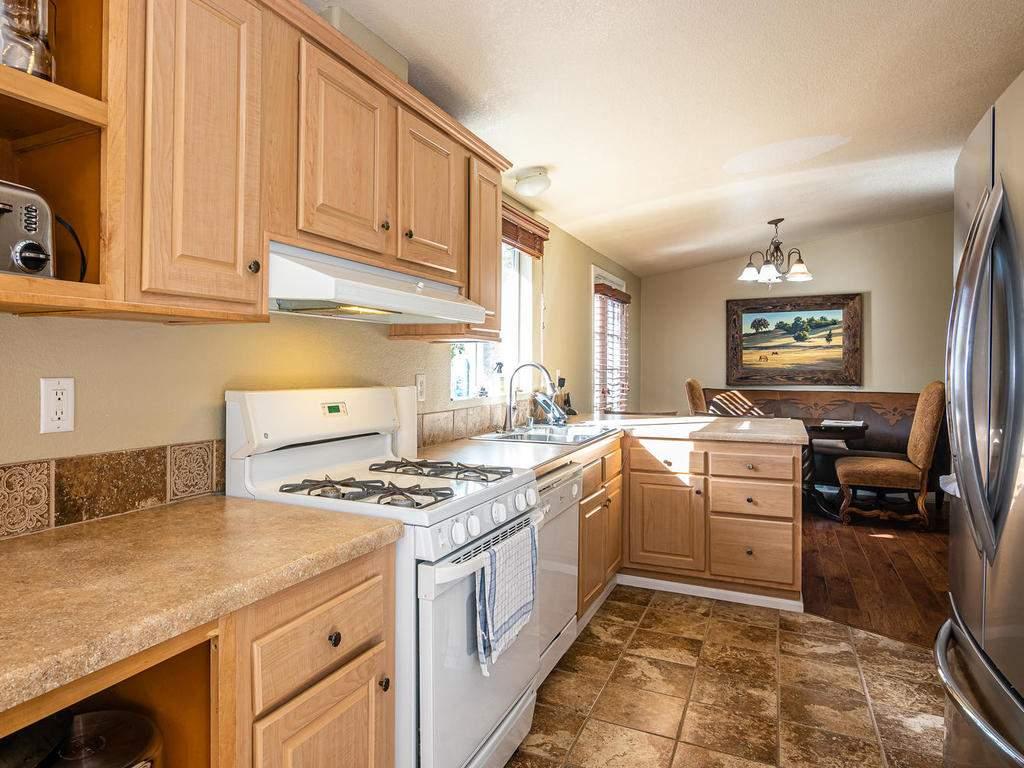 69300-Vineyard-Canyon-Rd-San-076-072-Guest-House-Three-MLS_Size