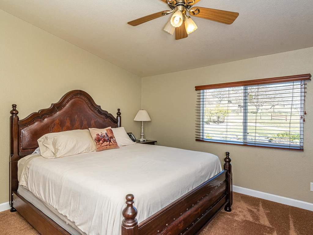 69300-Vineyard-Canyon-Rd-San-078-073-Guest-House-Three-MLS_Size