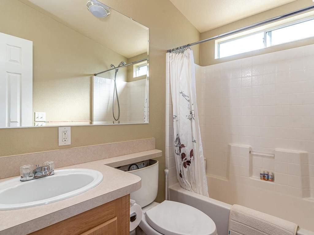 69300-Vineyard-Canyon-Rd-San-082-081-Guest-House-Three-MLS_Size