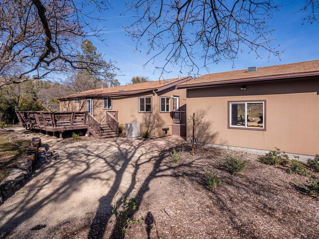69300-Vineyard-Canyon-Rd-San-083-093-Guest-House-Three-MLS_Size