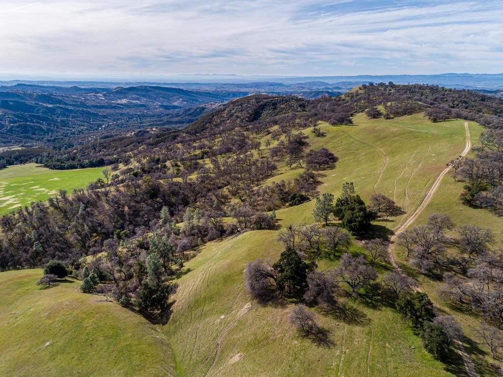 69300-Vineyard-Canyon-Rd-San-095-110-Aerial-View-MLS_Size