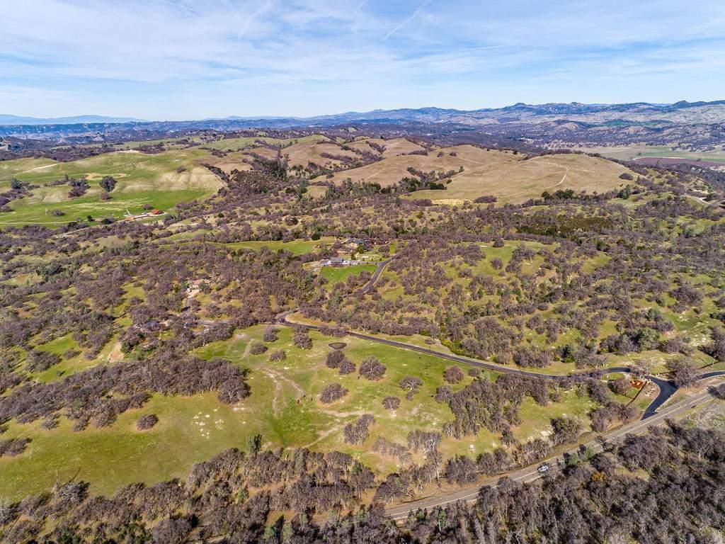 69300-Vineyard-Canyon-Rd-San-098-094-Aerial-View-MLS_Size