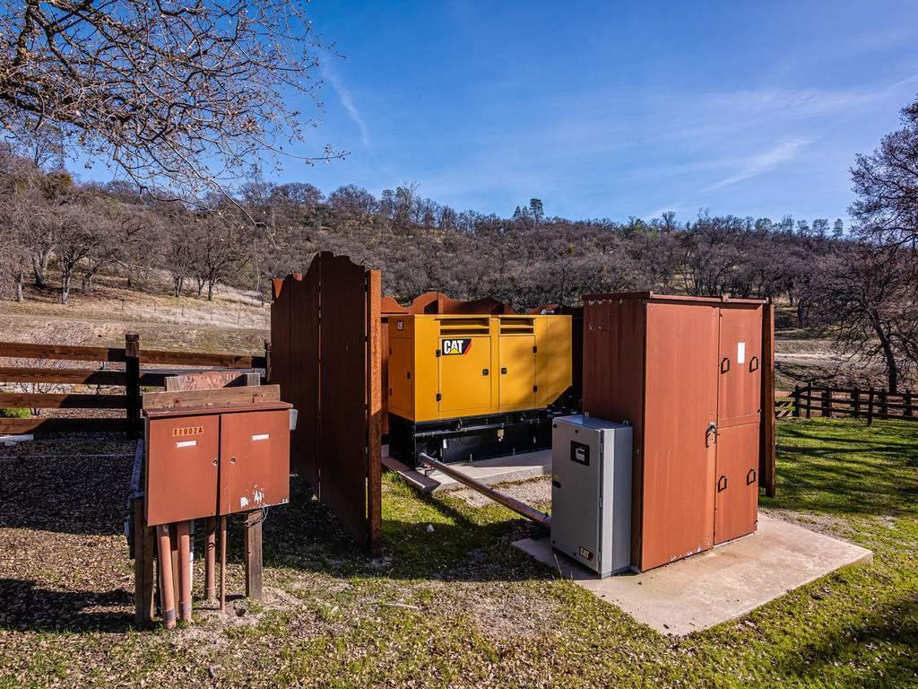 69300-Vineyard-Canyon-Rd-San-114-109-Backup-Generator-MLS_Size