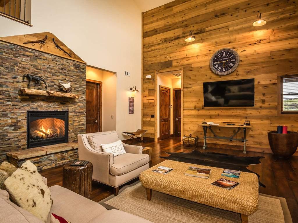 7265 ODonovan Road Creston CA-009-16-Great Room-MLS_Size