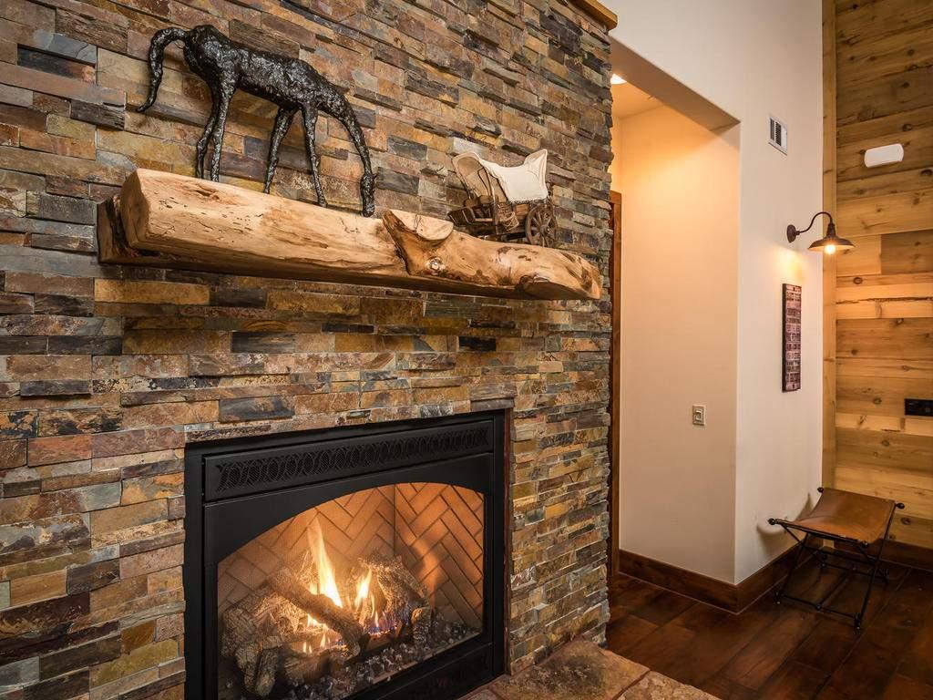 7265 ODonovan Road Creston CA-011-17-Great Room-MLS_Size