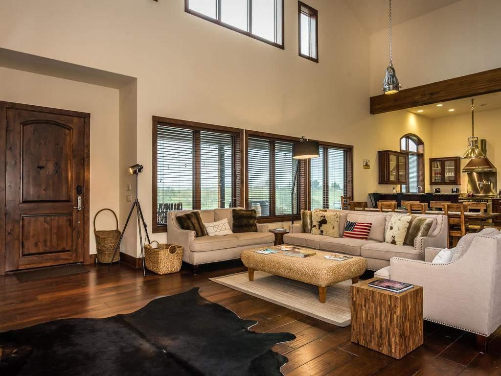 7265 ODonovan Road Creston CA-012-5-Great Room-MLS_Size