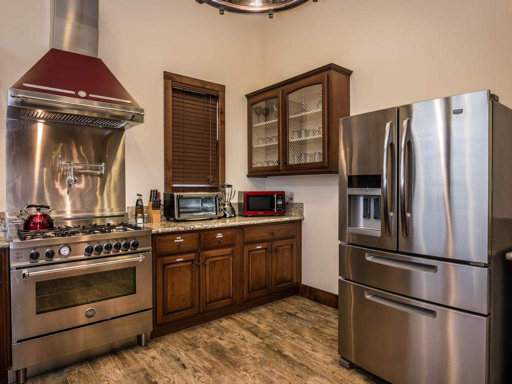 7265 ODonovan Road Creston CA-017-41-Kitchen-MLS_Size