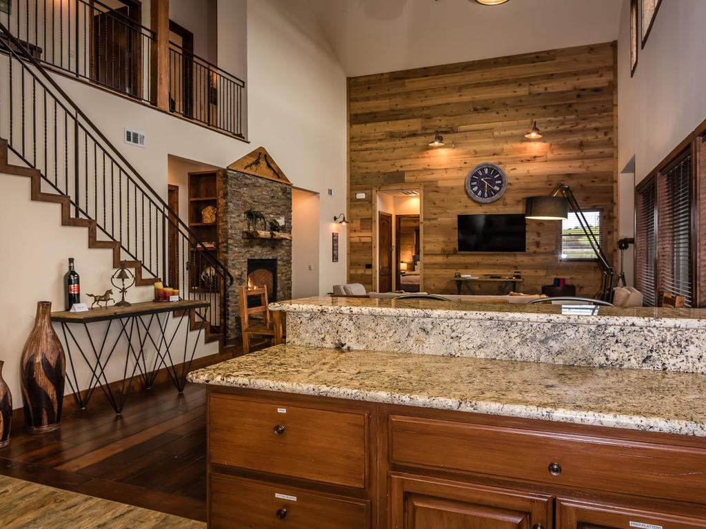 7265 ODonovan Road Creston CA-018-11-Kitchen-MLS_Size