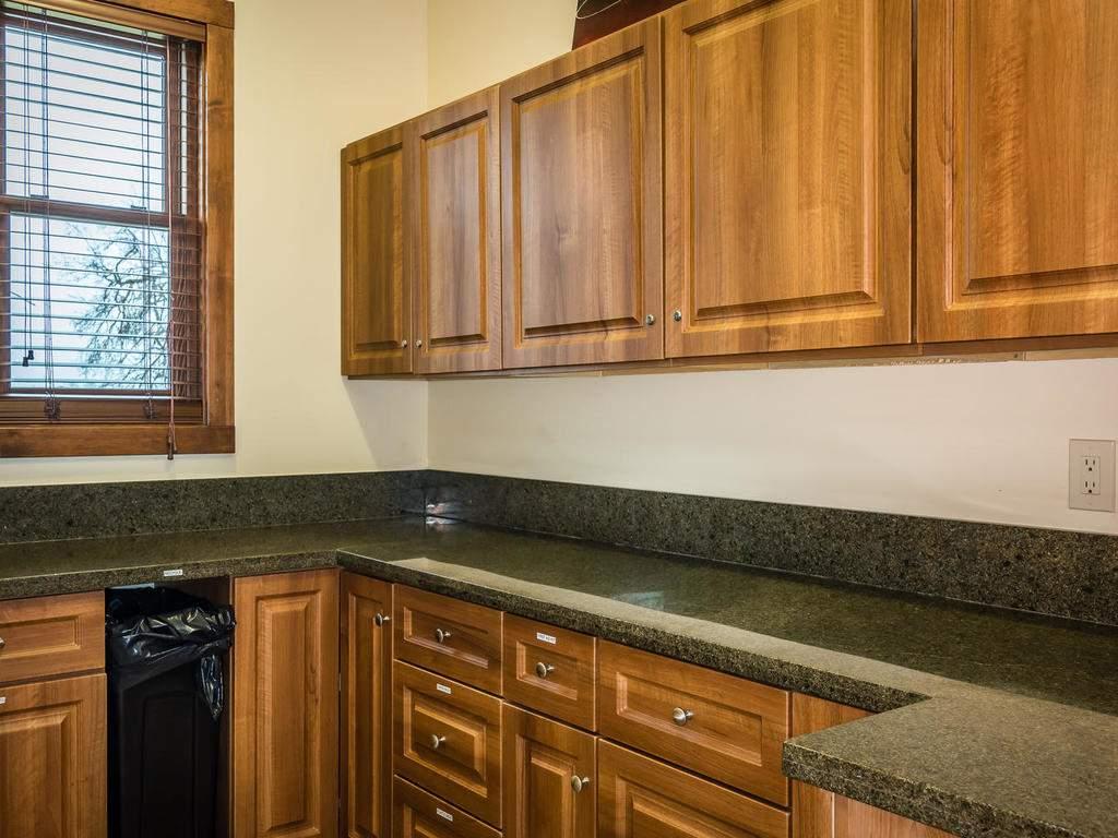 7265 ODonovan Road Creston CA-019-15-Pantry-MLS_Size