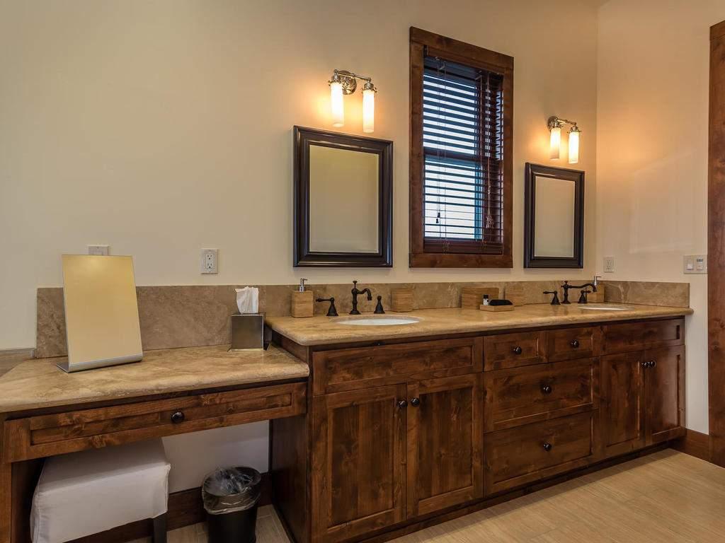 7265 ODonovan Road Creston CA-024-10-Master Suite-MLS_Size