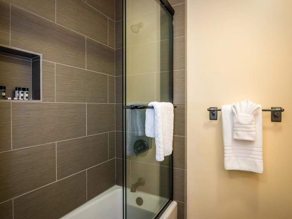 7265 ODonovan Road Creston CA-030-36-Bedroom Two Suite-MLS_Size