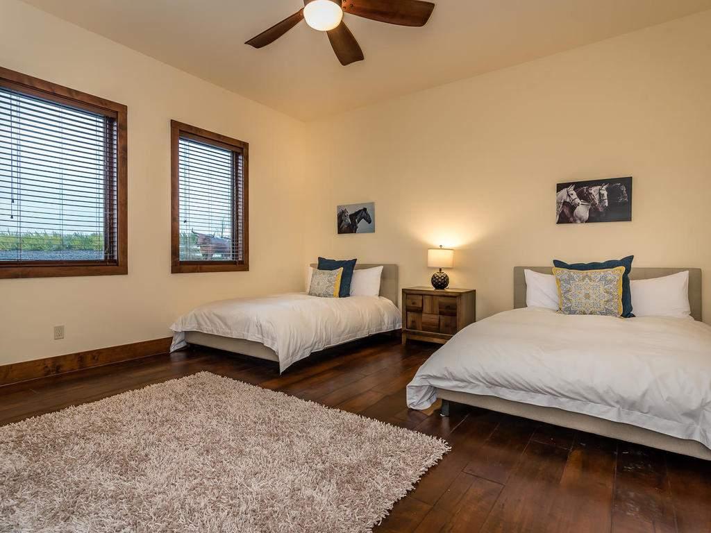 7265 ODonovan Road Creston CA-031-32-Bedroom Three Suite-MLS_Size