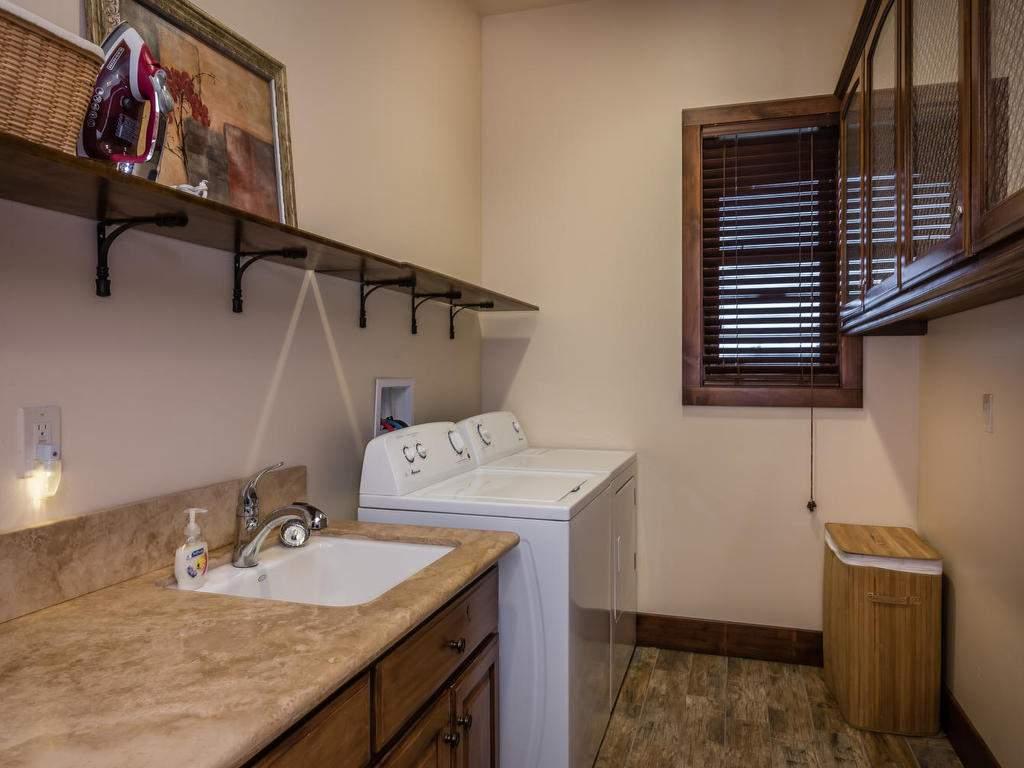 7265 ODonovan Road Creston CA-039-29-Laundry Room-MLS_Size