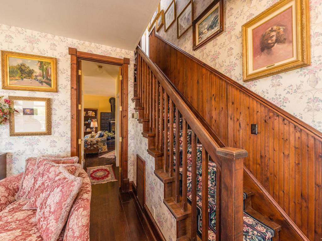 7320-Cross-Canyons-Rd-San-007-007-Stairwell-MLS_Size